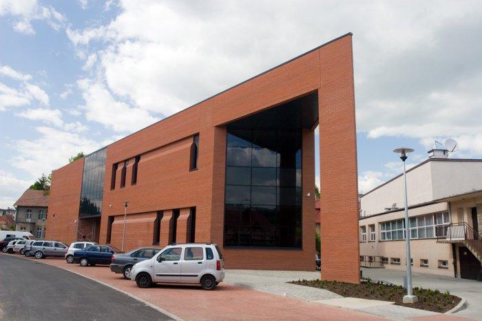 Otwarcie biblioteki w nowym budynku
