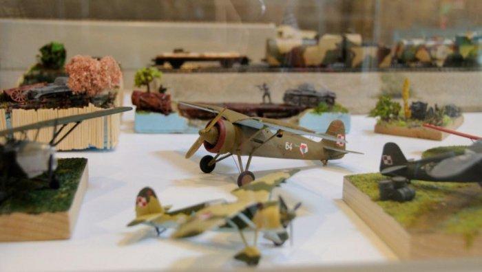 Wystawa modeli militarnych